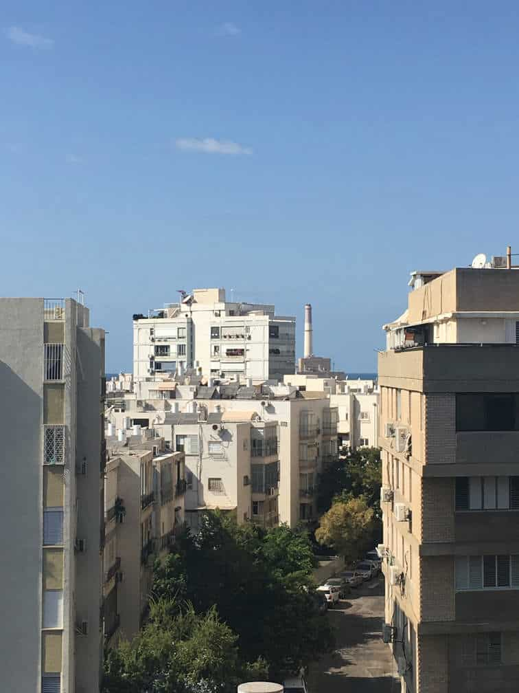 נוף מבט לרידינג מעל גגות תל אביב